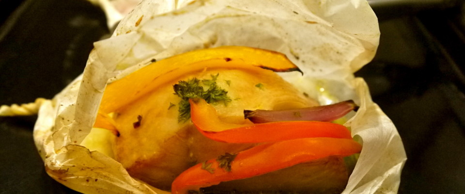 Baked Cod en Papillote with Steamed Vegetables