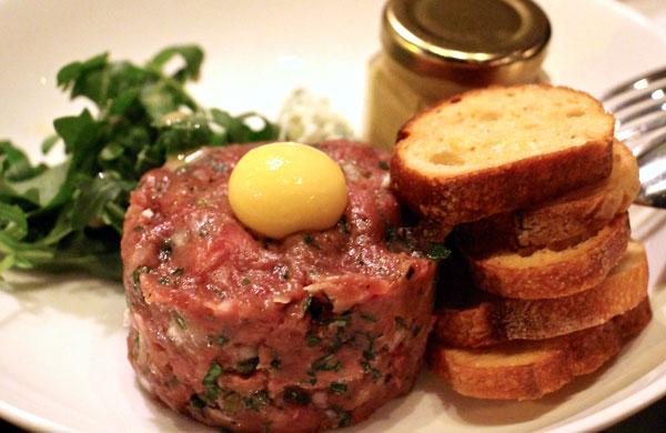 Cocotte-beef-tartar