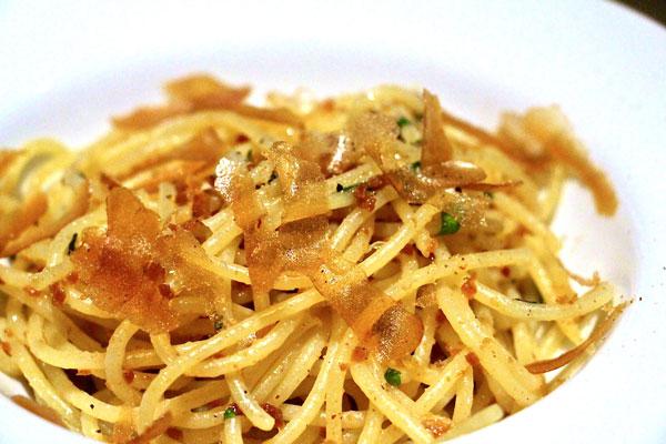neighborhood restaurant hong kong bottarga spaghetti
