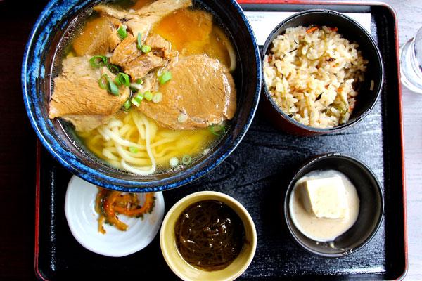 Okinawa travel food guide